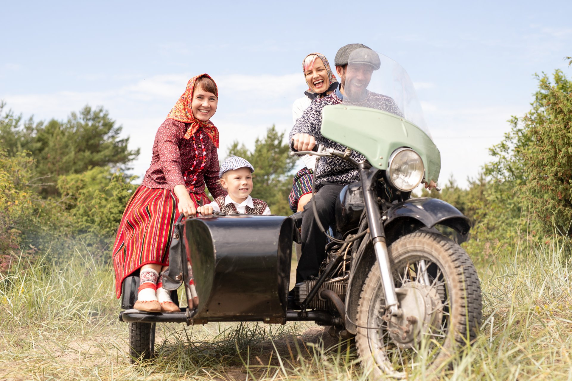 Kihnu family on a motorcycle ride